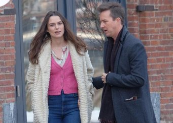 news-keira-knightley-edward-norton-collateral-beauty